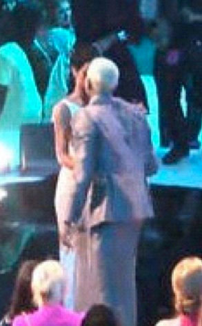 Rihanna, Chris Brown, MTV Video Music Awards 2012