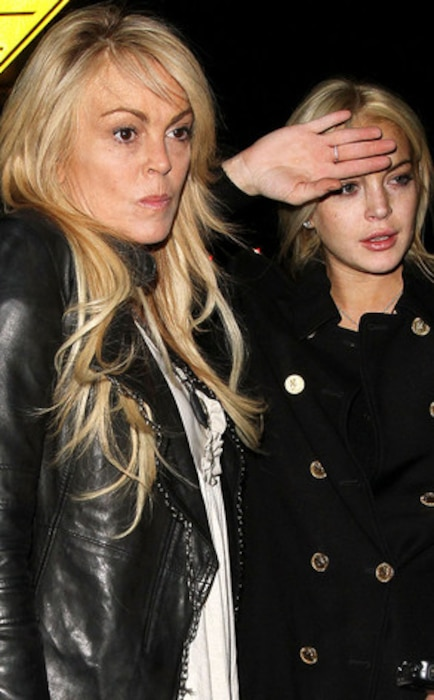Lindsay Lohan, Dina Lohan