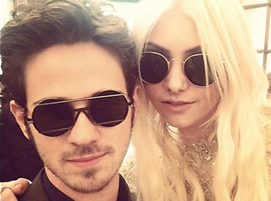 Taylor Momsen, Connor Paolo, Twit Pic