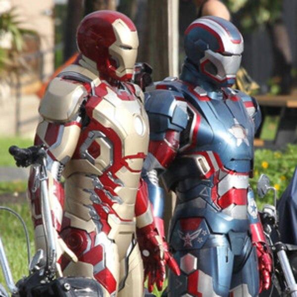 Iron Man 3 Robert Downey Jr Debuts New Suit On Set E