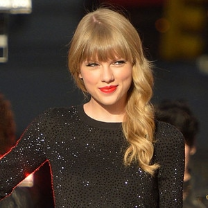 Taylor Swift from Celebrities Rock Red Lips | E! News  Taylor Swift
