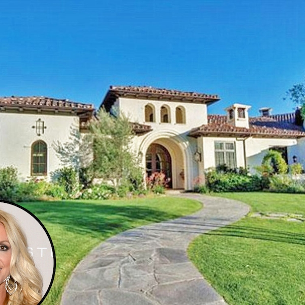 Britney spears from celebrity mega mansions e news for Super mega mansions