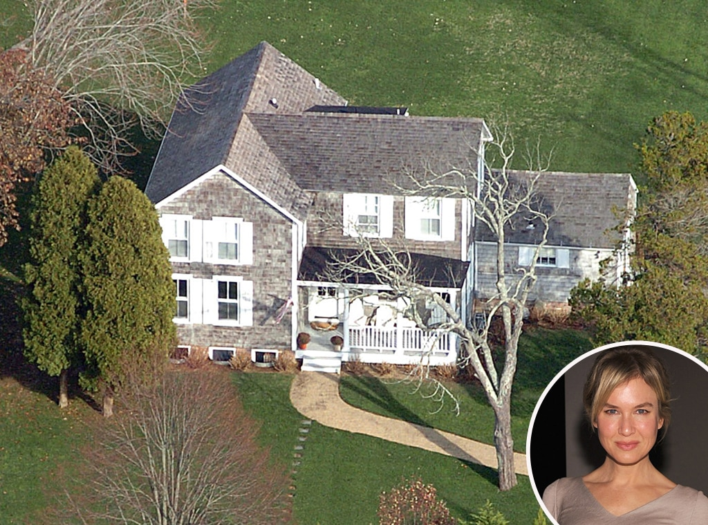 Ren e zellweger from celebrity homes in the hamptons e news for Hamptons house for sale