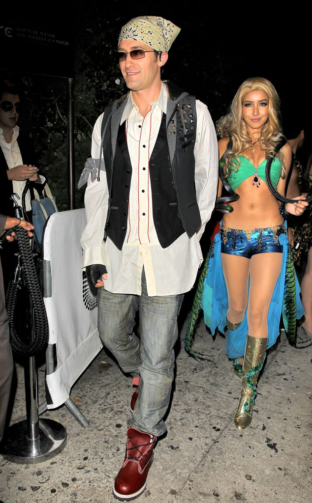 Matthew Morrison from Best Celebrity Halloween Costumes - E! News Matthew Morrison from Best Celebrity Halloween Costumes - 웹