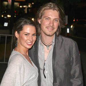 how taylor hanson meet his wife