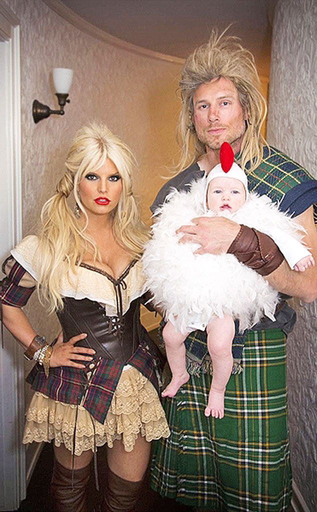 Jessica Simpson, Eric Johnson & Maxwell from Best Celebrity Halloween Costumes - E! News Jessica Simpson, Eric Johnson & Maxwell from Best Celebrity Halloween Costumes - 웹
