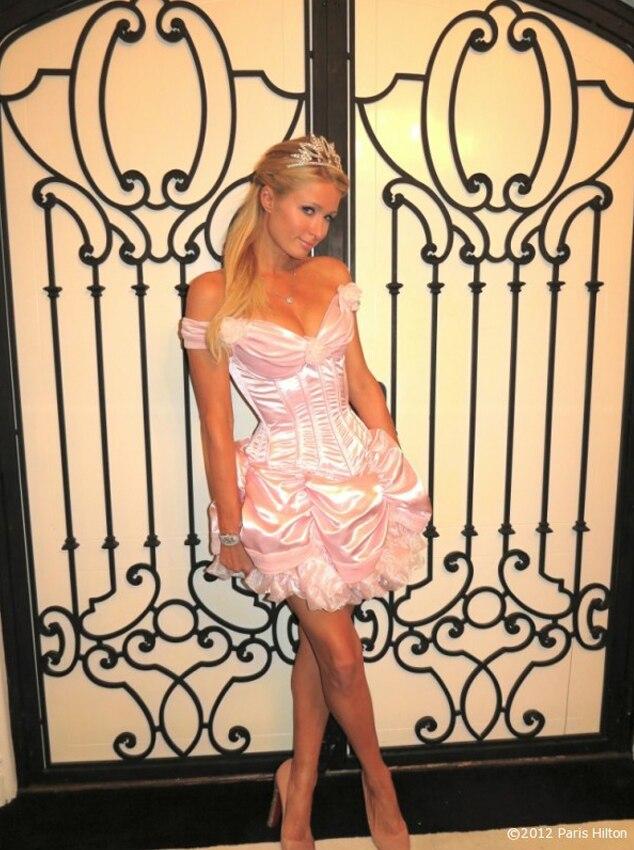 Paris Hilton, Celeb Halloween Game