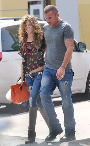 Annalynne Mccord, Dominic Purcell