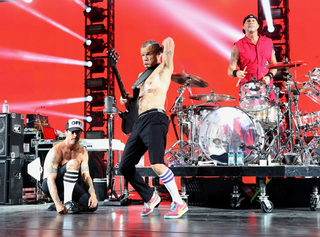 Red Hot Chili Peppers, NYE