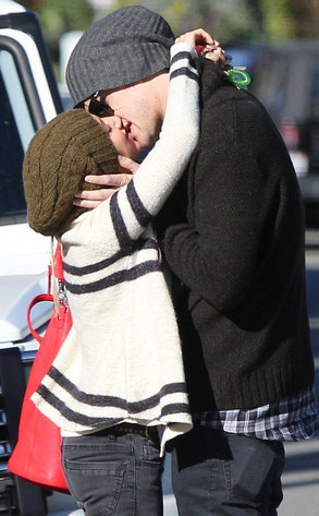 Ashley Tisdale, Christopher French , Kiss