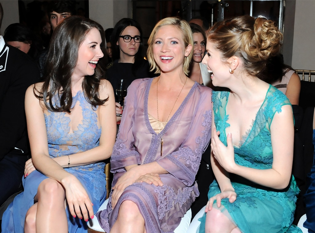Alison Brie, Brittany Snow, Anna Kendrick, Laughing