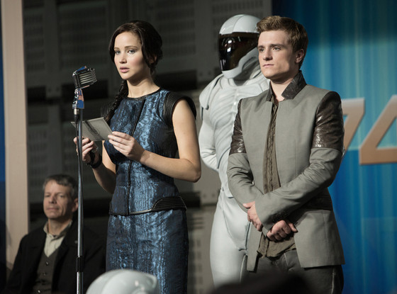 Jennifer Lawrence, Josh Hutcherson, The Hunger Games, Catching Fire