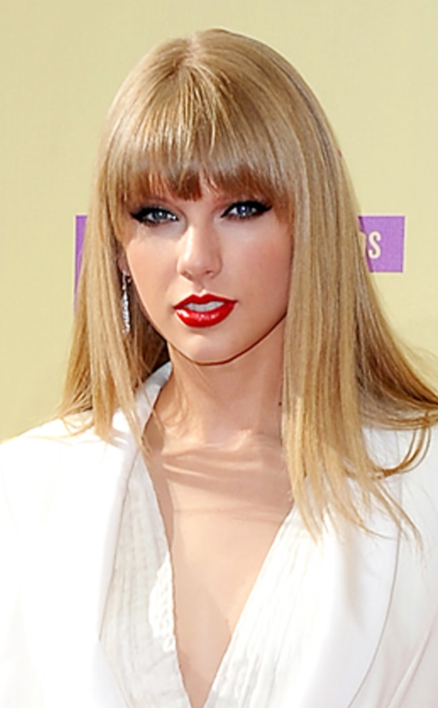 Taylor Swift, Headshot