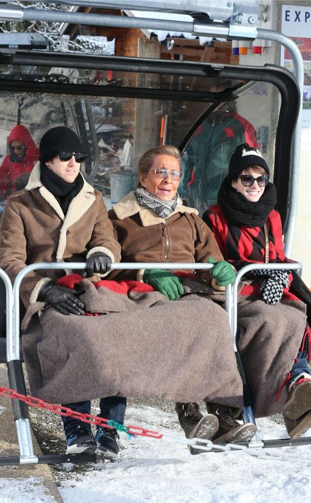 Anne Hathaway, Adam Shulman, Valentino Garavani