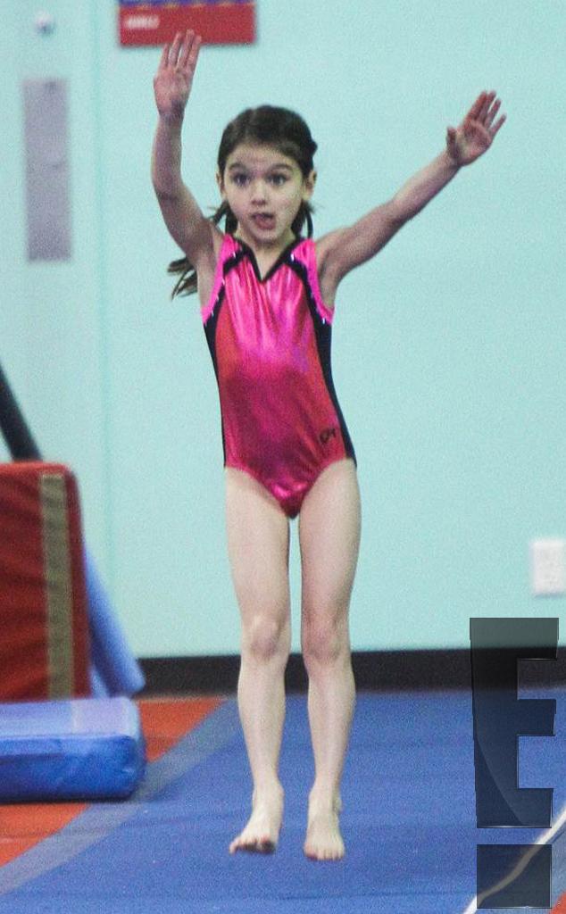 hands up from suri cruise gymnastics star e news