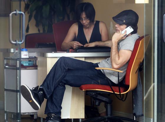 Ian Somerhalder, Manicure