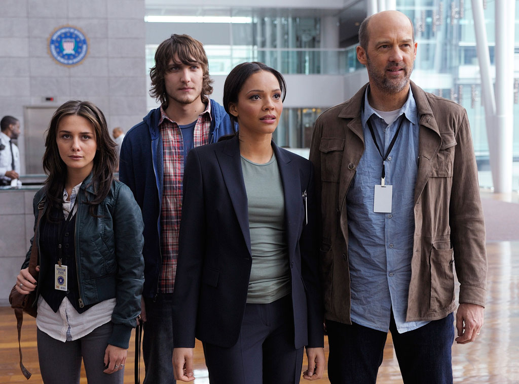 Anthony Edwards, Carmen Ejogo, Scott Michael Foster, Addison Timlin, Zero Hour, ABC
