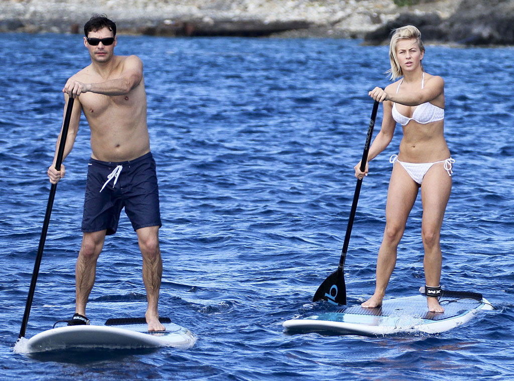 Ryan Seacrest, Julianne Hough, Paddleboard