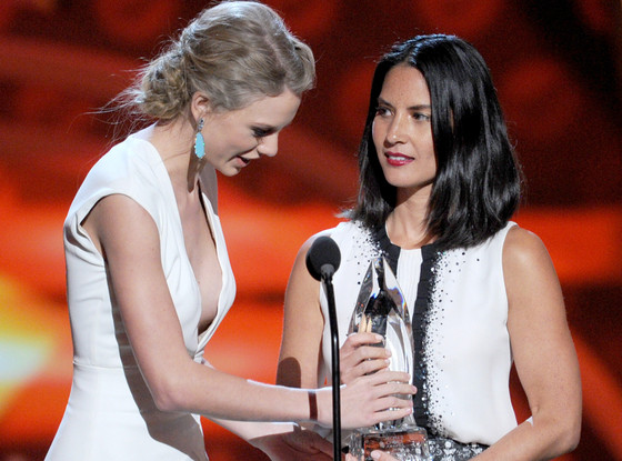 Taylor Swift, Olivia Munn, People's Choice Awards