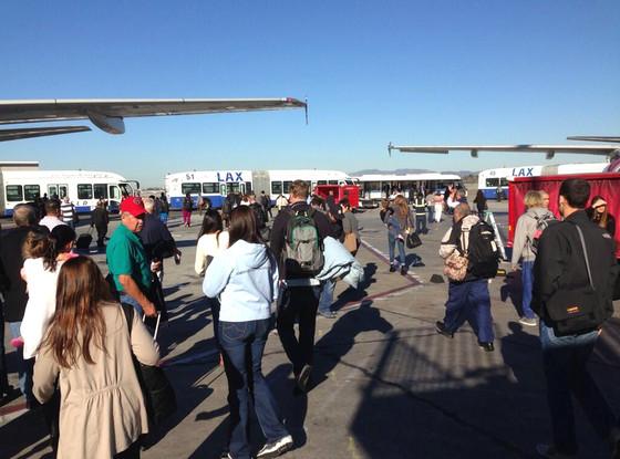 LAX, Evacuation, Twitter