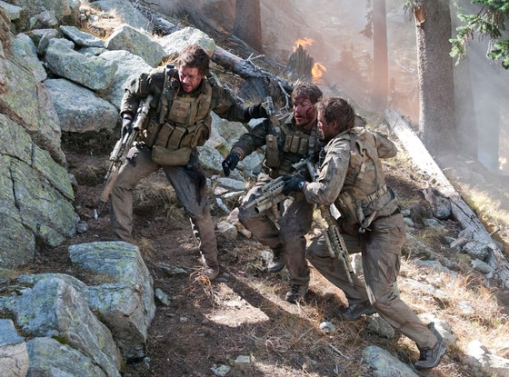 Mark Wahlberg, Emille Hirsch, Taylor Kitsch, Lone Survivor, Holiday Movie Guide