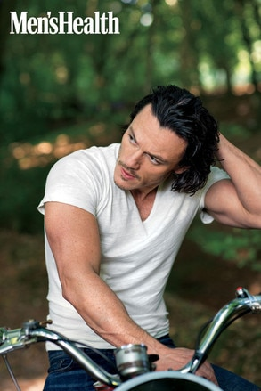Luke Evans, Men's Health