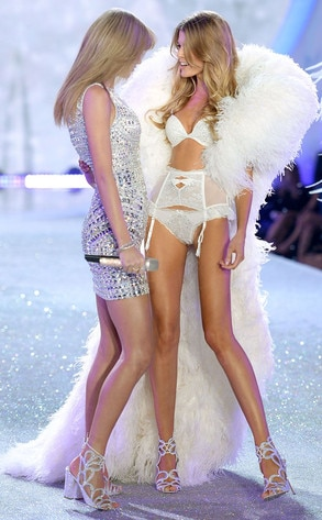 Taylor Swift, Maryna Linchuk, Victoria's Secret Fashion Show