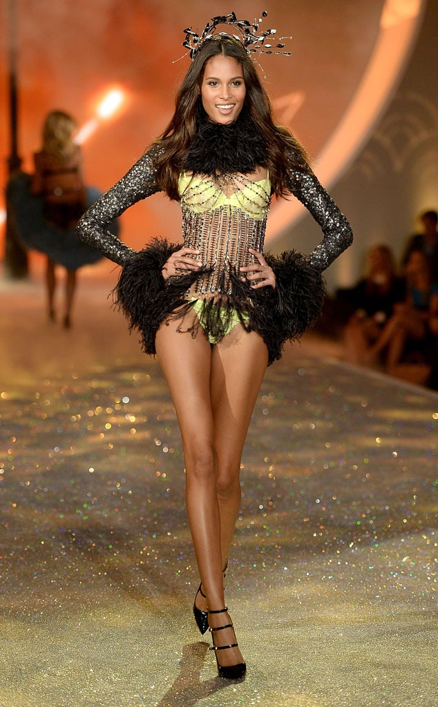 Cindy Bruna, Victoria's Secret Fashion Show
