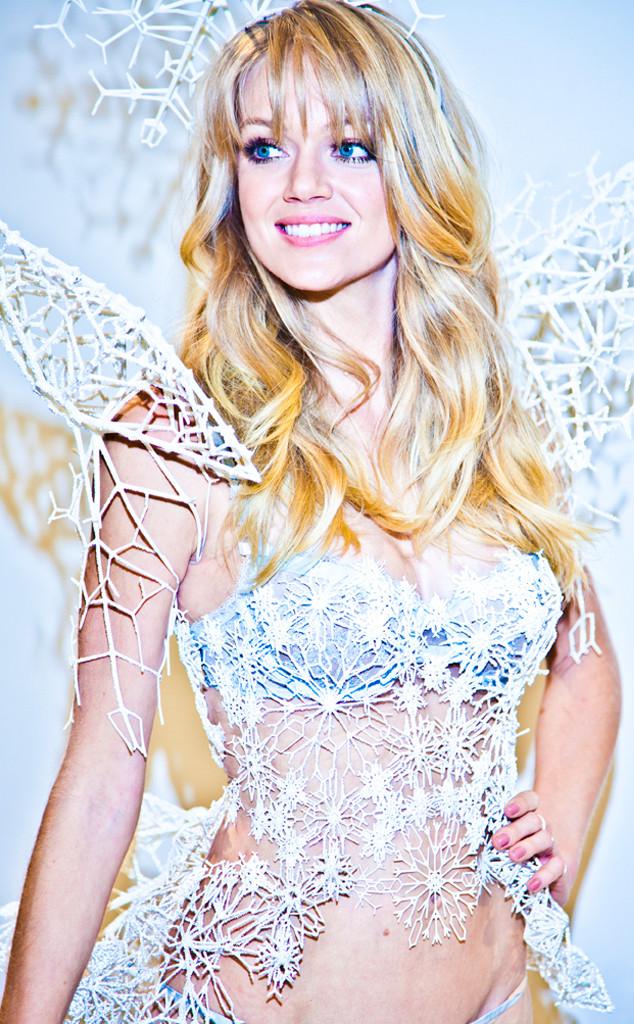 Victoria's Secret, Lindsay Ellingson, Angel Wings