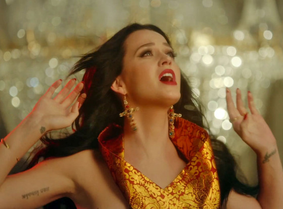 Katy Perry, Unconditionally Music Video