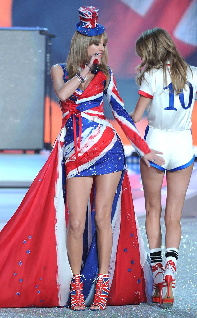 Taylor Swift, Victoria's Secret Fashion Show, Cara Delevingne