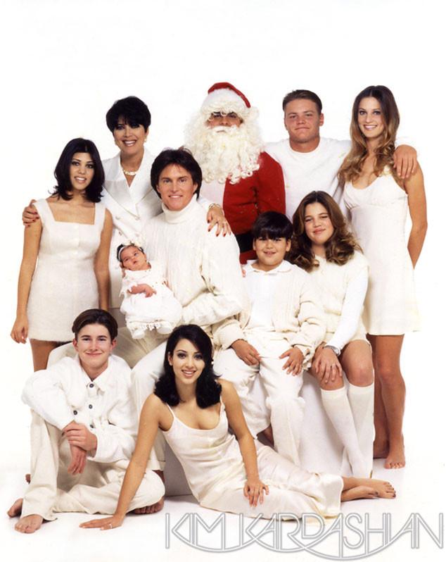 Les cartes de Noël des Kardashian au fil des ans