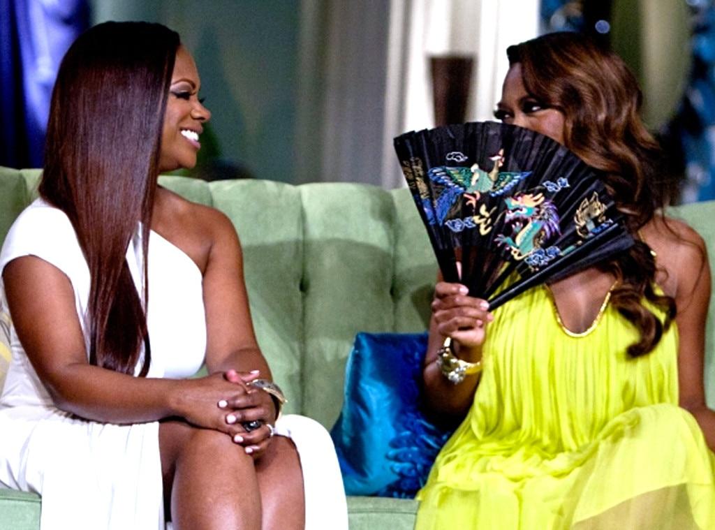 Kenyas brings a fan (and serious shade) to reunion, Real Housewives of Atlanta OMG Moments