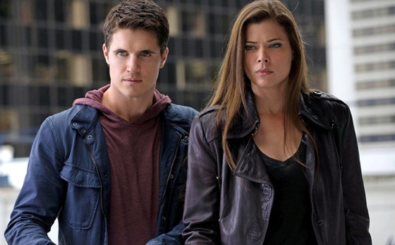 The Tomorrow People, Robbie Amell, Peyton List