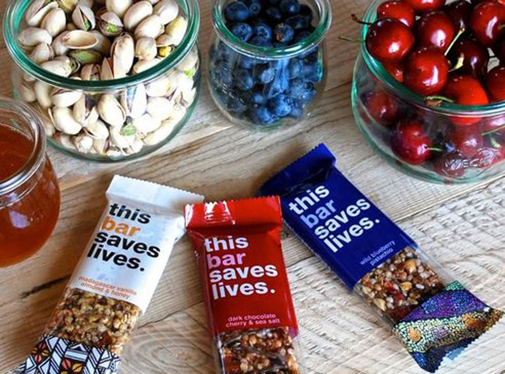 Kristen Bell Gift Guide, This Bar Saves Lives Snack Bars