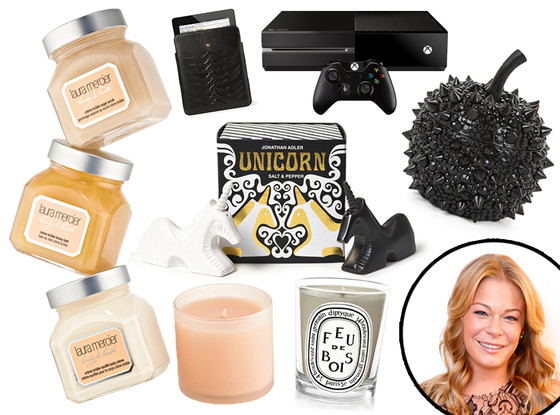 LeAnn Rimes Holiday Gift Guide