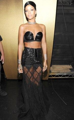 Rihanna, 2013 American Music Awards