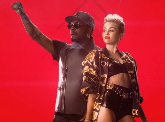 Miley Cyrus, will.i.am, Feelin' Myself, Music Video