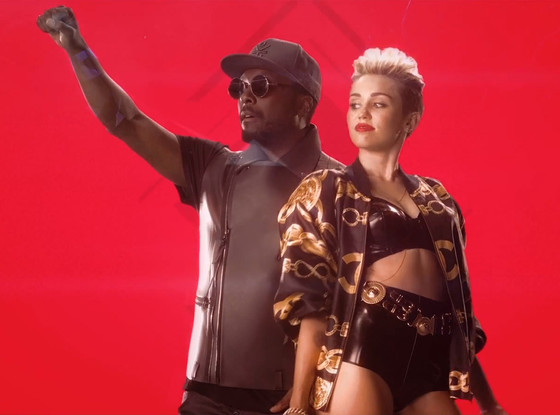 Miley Cyrus, will.i.am, Feelin' Myself, Music Video