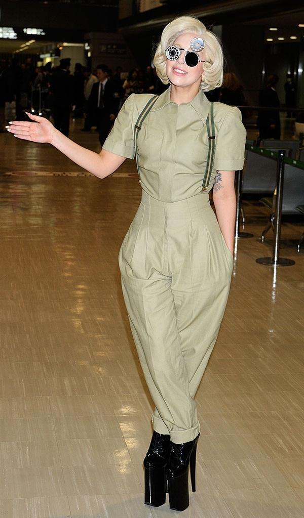 Lady Gaga, Narita International Airport, Japan