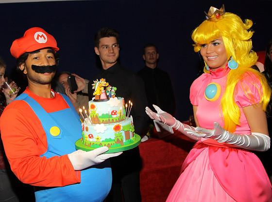 Chrissy Teigen, John Legend, Birthday, Nintendo
