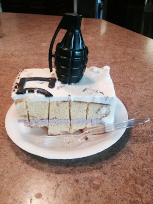 Charlie Sheen, Grenade Cake, Twitter