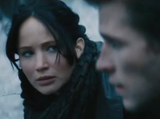 Jennifer Lawrence, Liam Hemsworth, Catching Fire