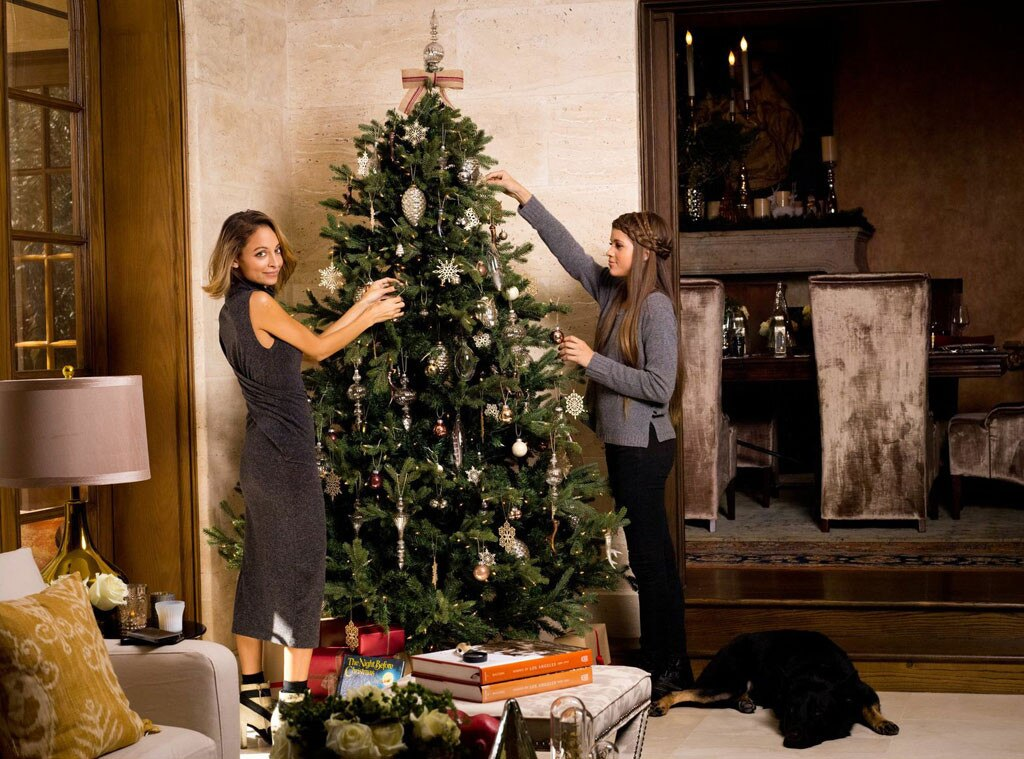 nicole richie shares festive family traditions entertaining tips and the ultimate holiday. Black Bedroom Furniture Sets. Home Design Ideas