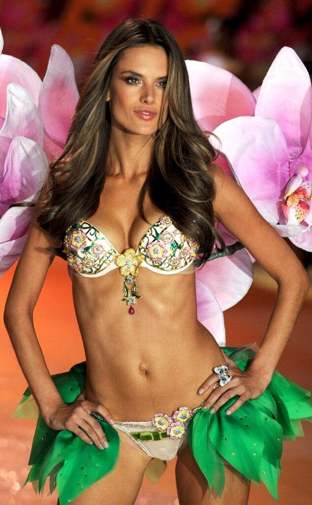 Alessandra Ambrosio, Victoria Secret Fantasy Bra 2012