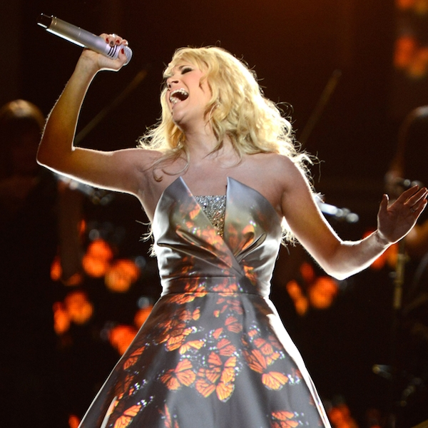 Carrie Underwood's Light-Up Dress From Country Music's