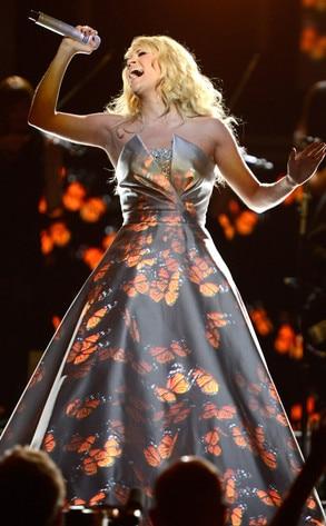Carrie Underwood, Grammys, Performance