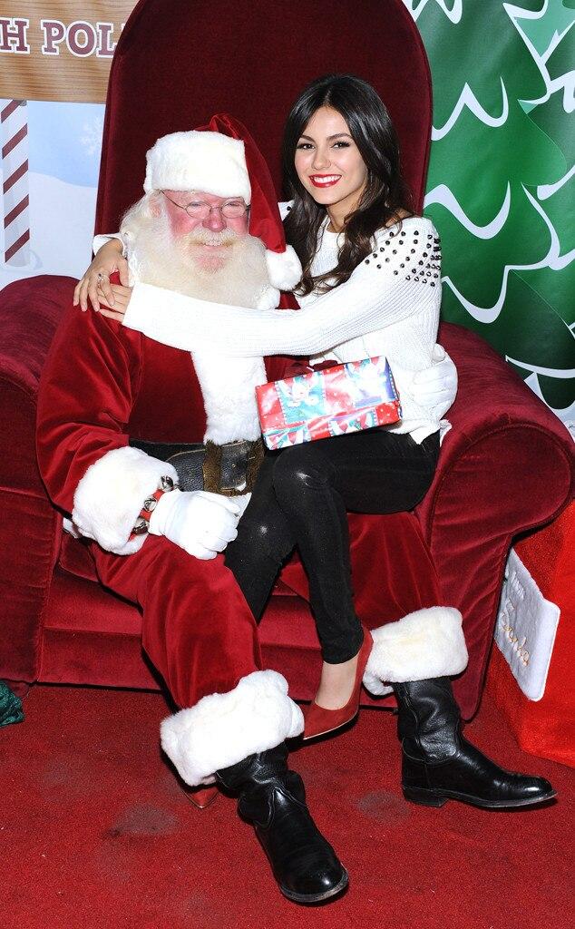 Victoria Justice, Santa Claus