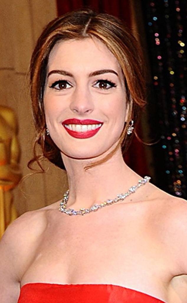 Award Show Bling, Anne Hathaway