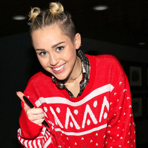 Miley Cyrus, Julianne Hough and More Celebs Give Us A-list ...
